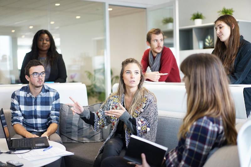 Zagadnienia i problemy hiperrozwoju przedsiębiorstw